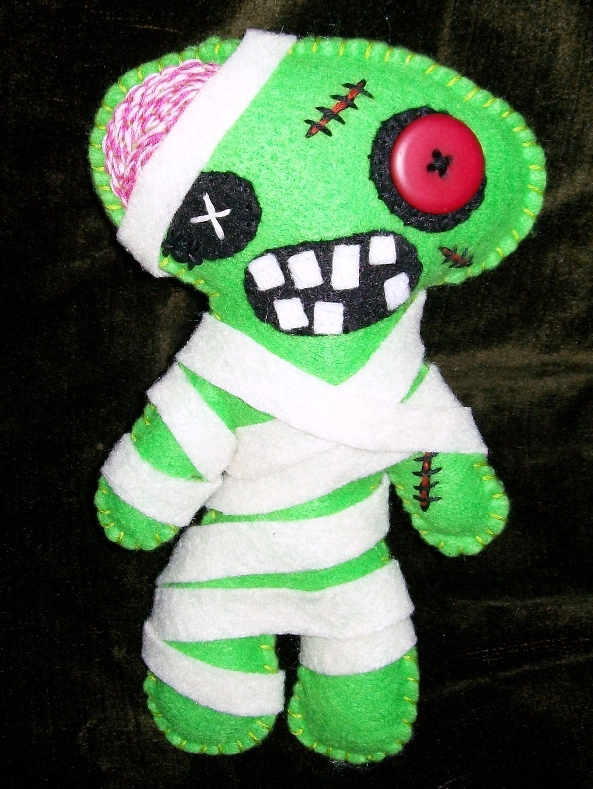 Sewing Softies Club--Zombie Edition
